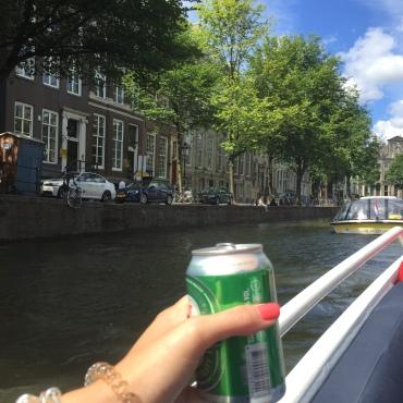boatamsterdam.com